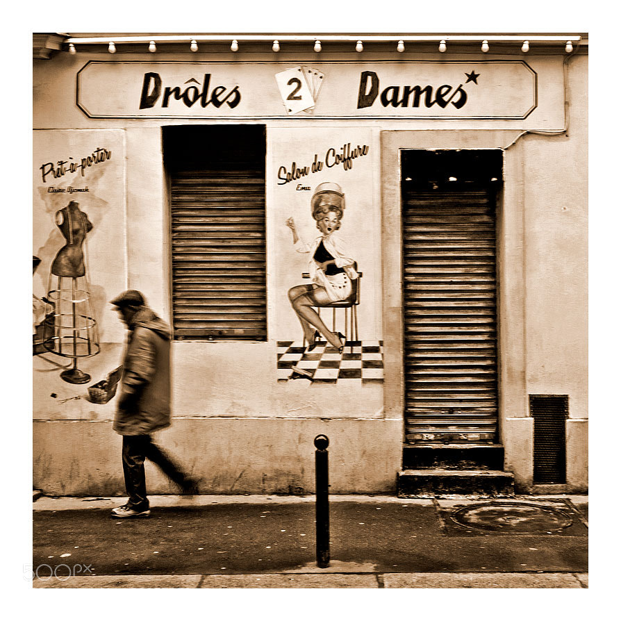 Photograph Drôles 2 dames by Marie Hacene on 500px