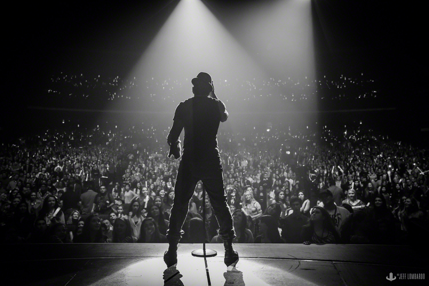 Photograph Ne-Yo Performing LIVE at Jingleball in Los Angeles, CA by Jeff Lombardo on 500px