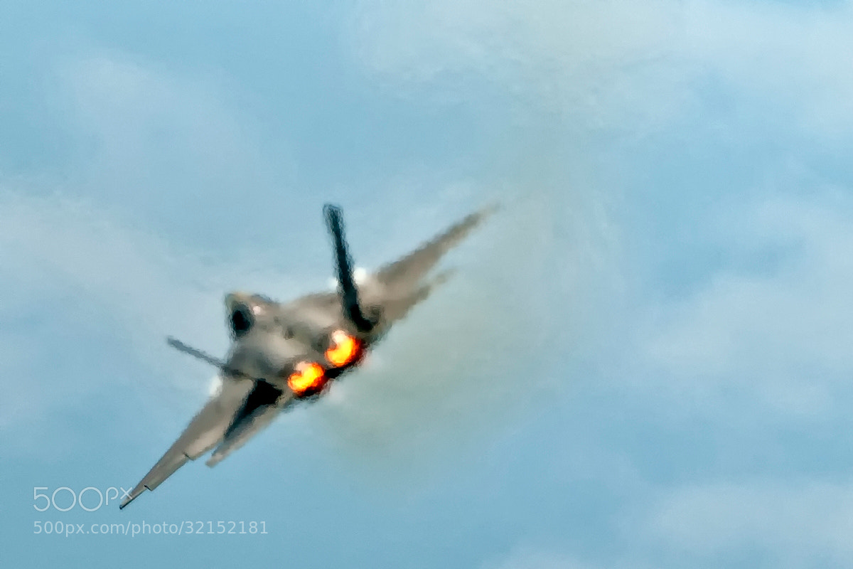 Photograph F-22 Raptor overheated by Darek Siusta on 500px