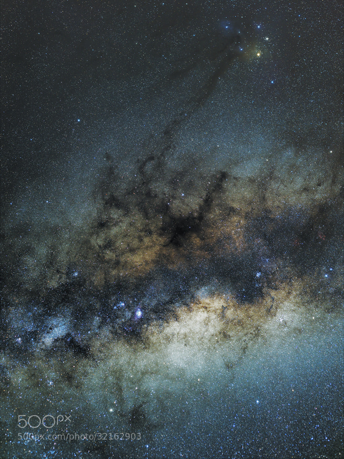 Photograph And the Milky Way is coming back by Rafael Defavari on 500px