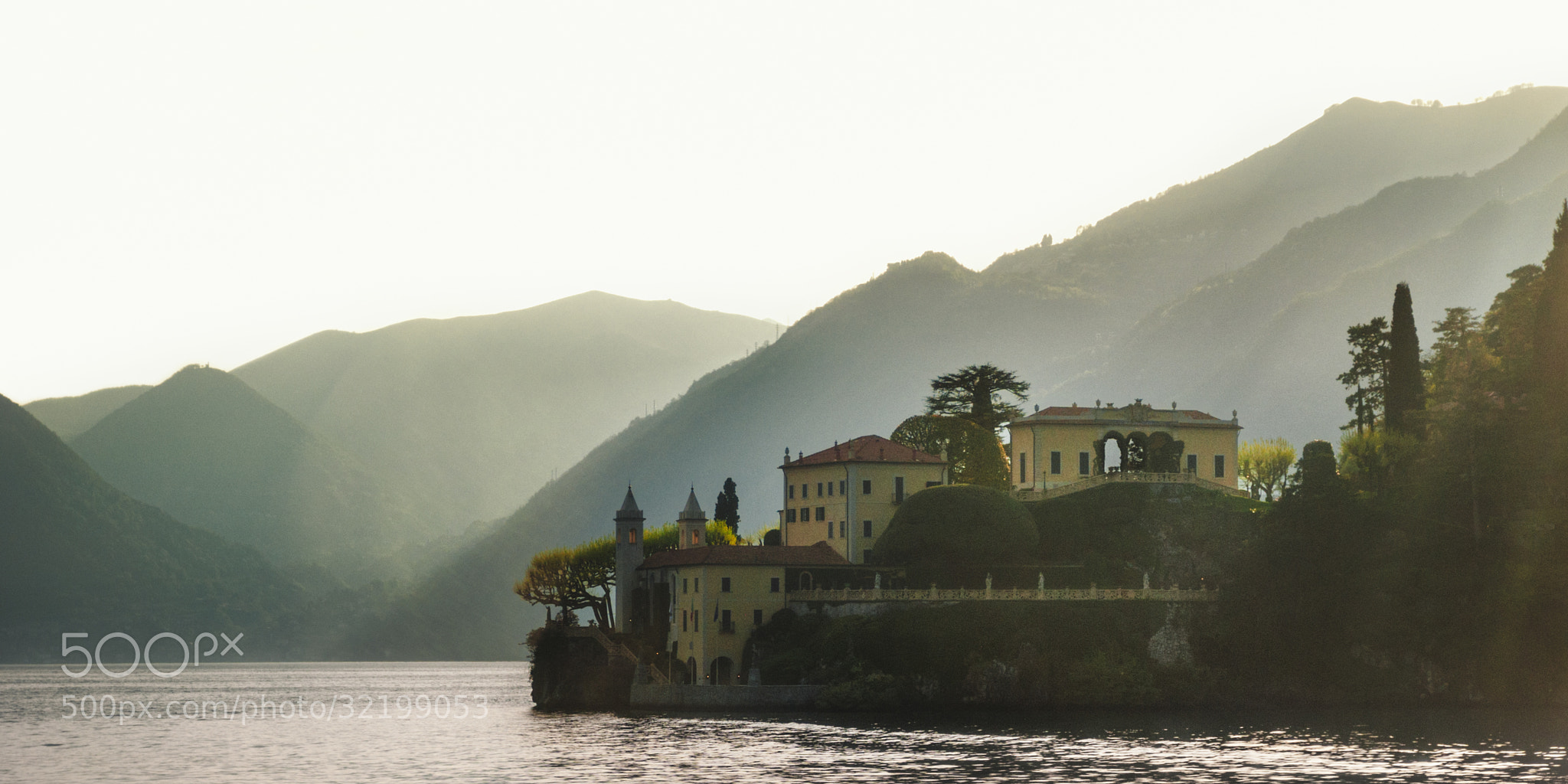 Photograph The Mansion on the Lake (Lago di Como, Italy) by James Clear on 500px