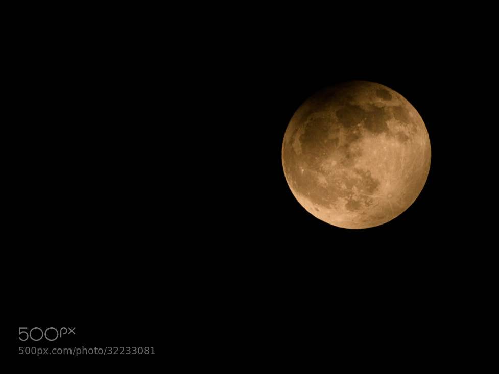 Photograph partial eclipse of the moon by Luigi Cavasin on 500px