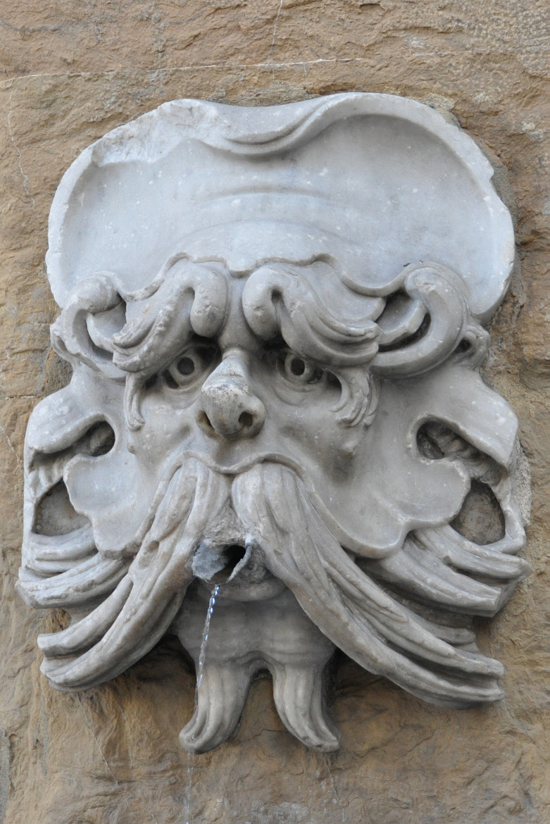 Photograph Sad looking fountain in Firenze by Kris Declercq on 500px