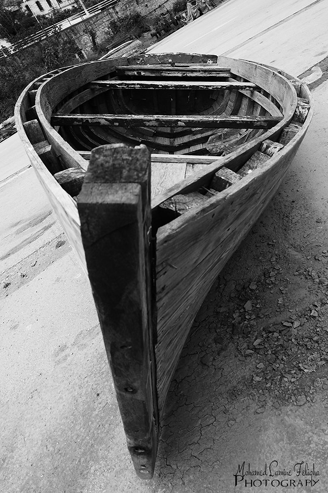 Photograph OLD BOAT by MOHAMED LAMINE FELIGHA on 500px