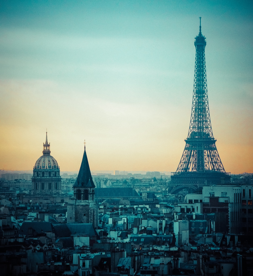 Photograph Paris, you can't get enough... by Mauricio Lima on 500px