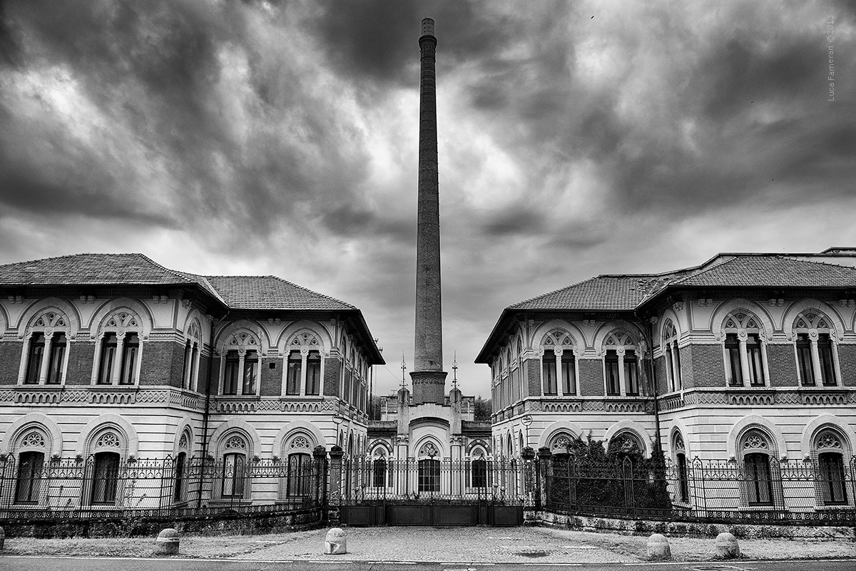 Photograph the old factory by Luca Farnerari on 500px