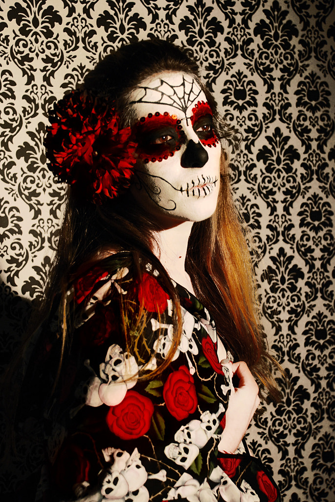 Photograph The lady is dead  by Larissa  Grace on 500px