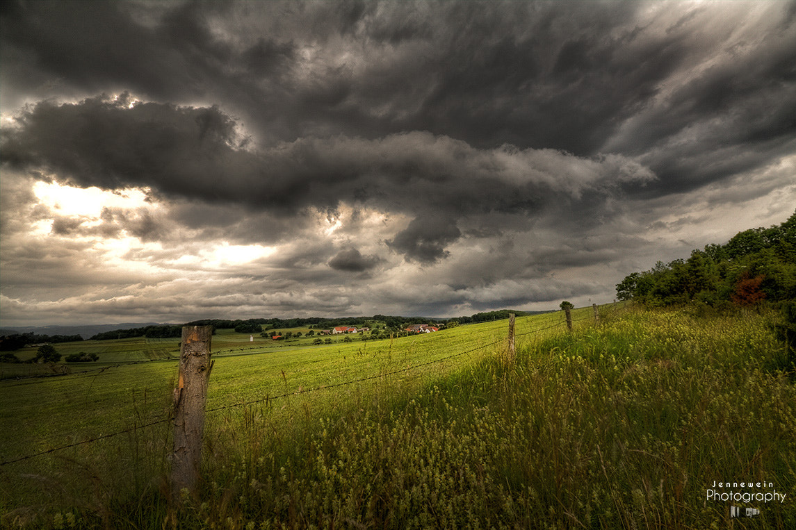 Photograph beginning thunderstorm by Alex Jennewein on 500px