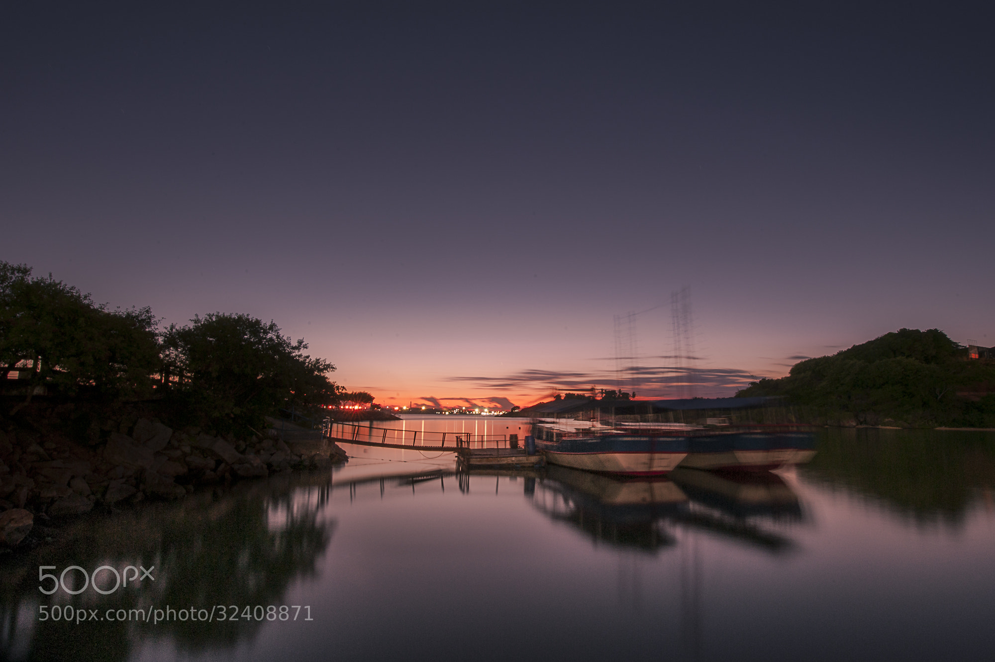 Photograph Sunrise at bay. by Yuri Barichivich on 500px