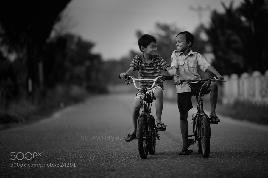 Photograph friendship by suta wijaya on 500px