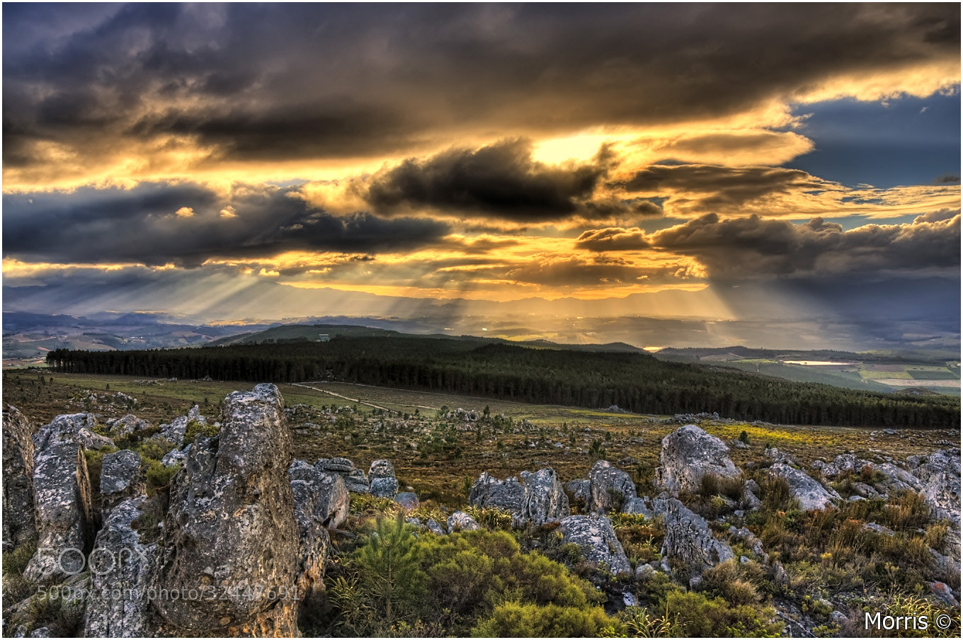 Photograph Elgin Valley Sundowner by Dave Morris on 500px