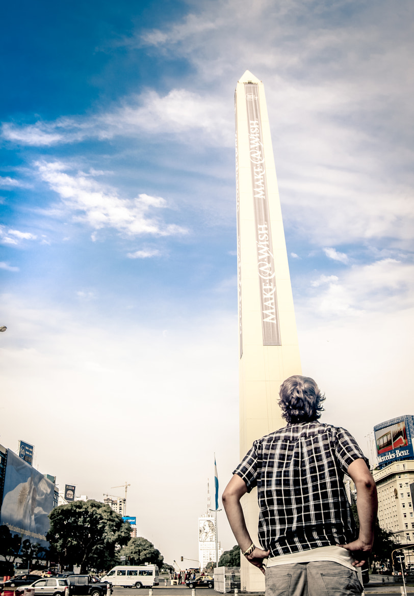 Photograph Man on the Obelisco by Mariano Gila on 500px