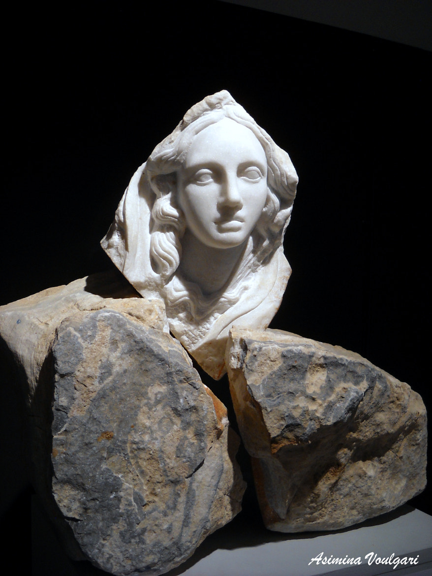 Photograph Marble statue  by Asimina   Voulgari  on 500px
