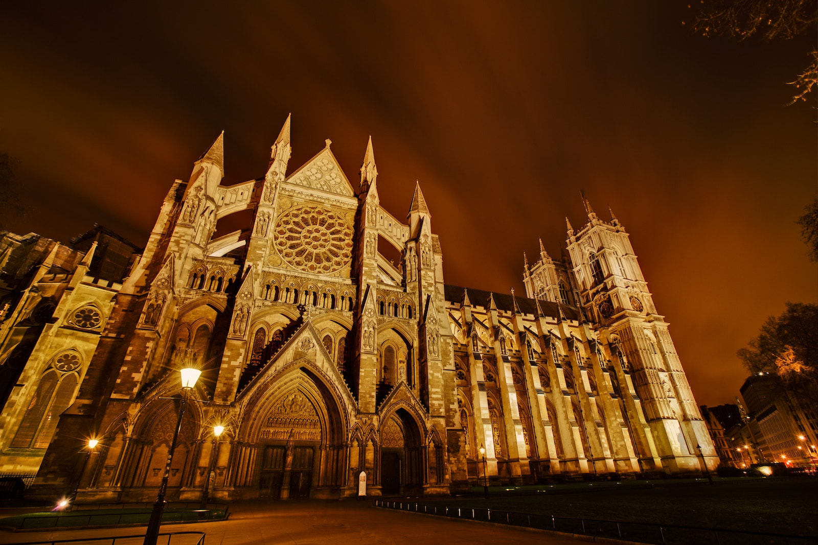 Photograph Westminster Abbey by Lisa Bettany on 500px