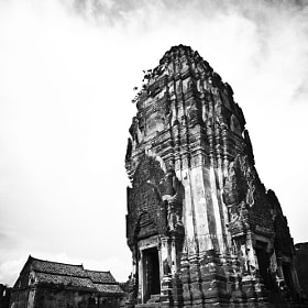 Black Chedi in Lopburi. by Laurence Penne (lovelyday3)) on 500px.com