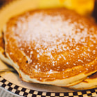 ������, ������: Buttermilk pancakes with powdered sugar