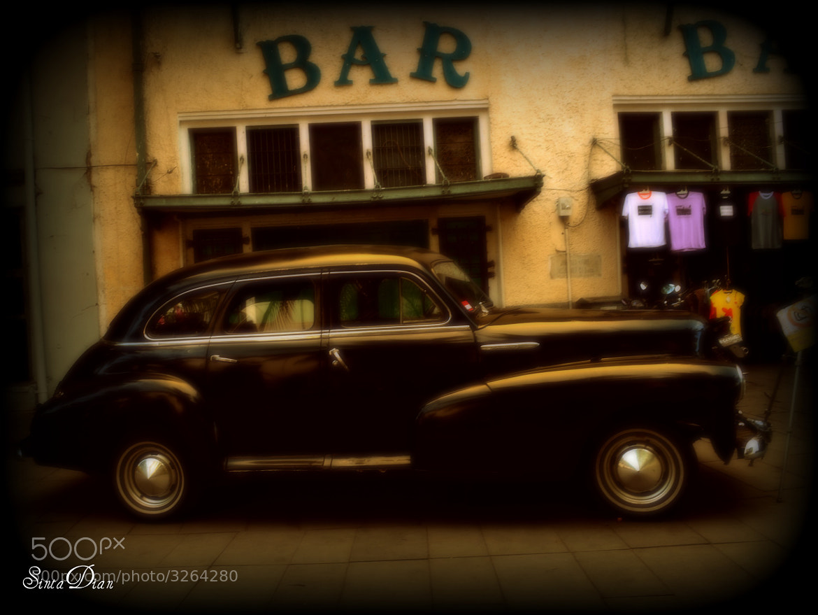 Photograph vintage car by Sinta Dian on 500px