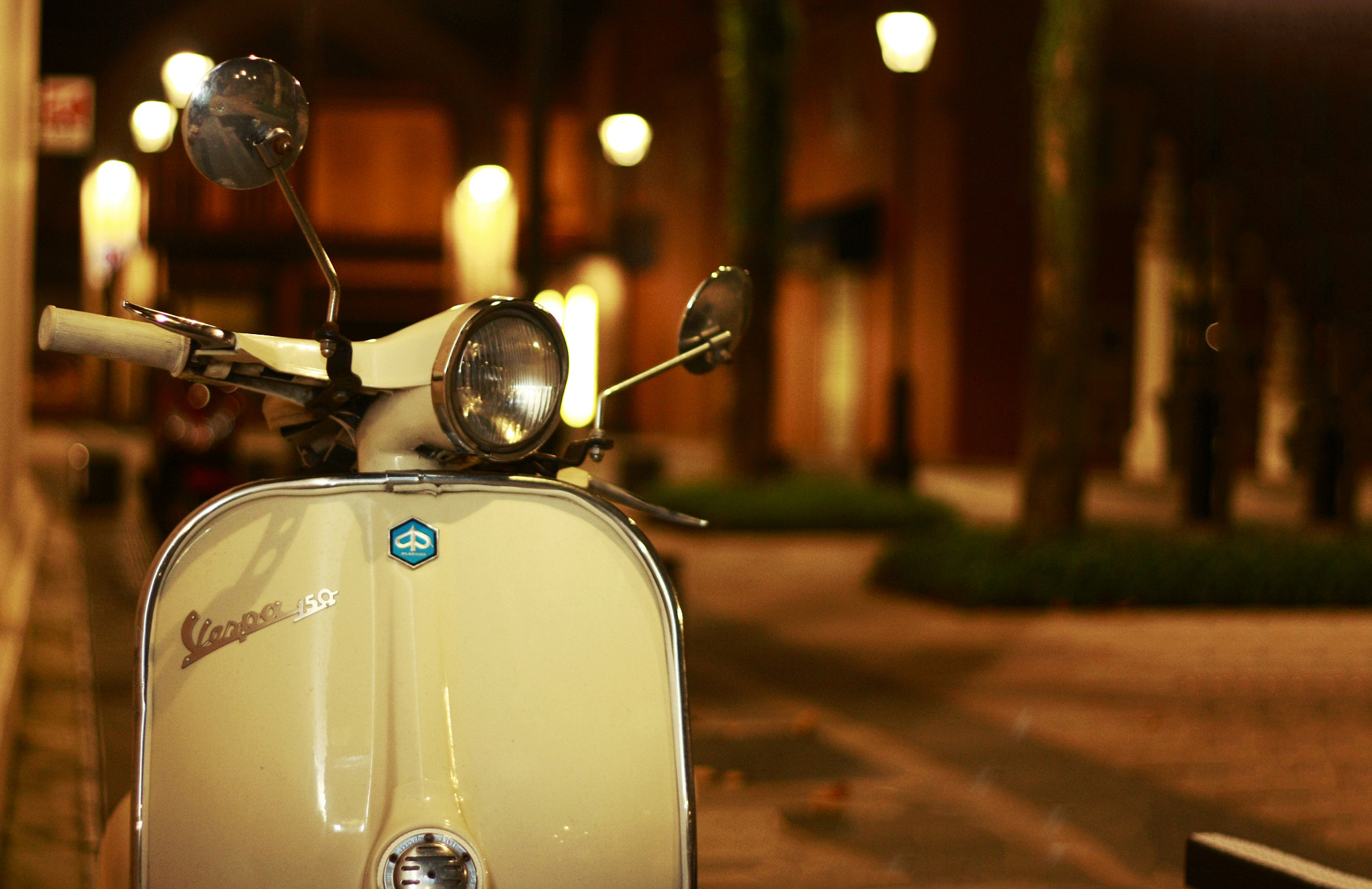 Photograph Piaggio's Legend by Qallam Ahmad on 500px