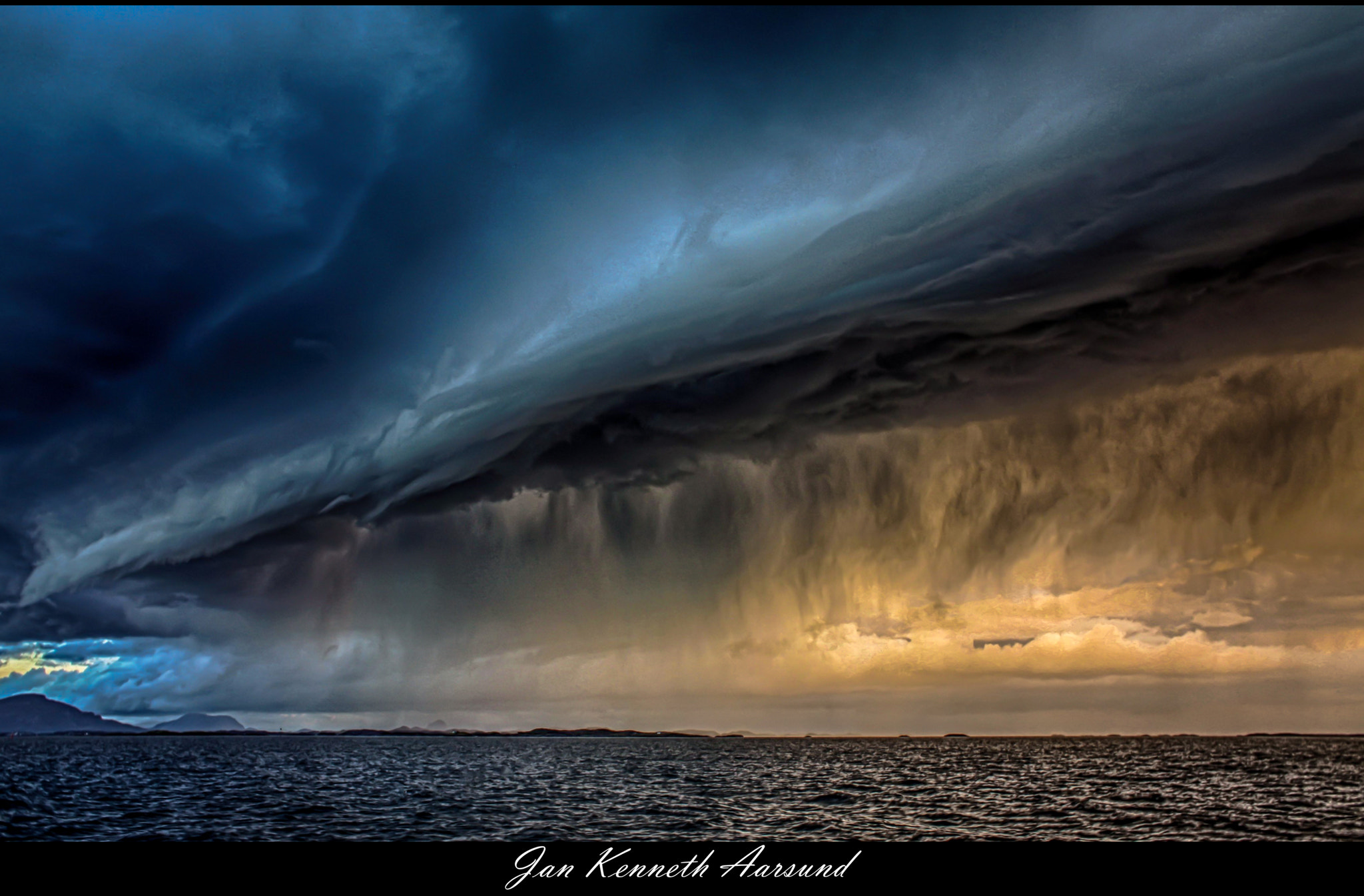 Photograph Thundercloud by Jan Kenneth Aarsund on 500px
