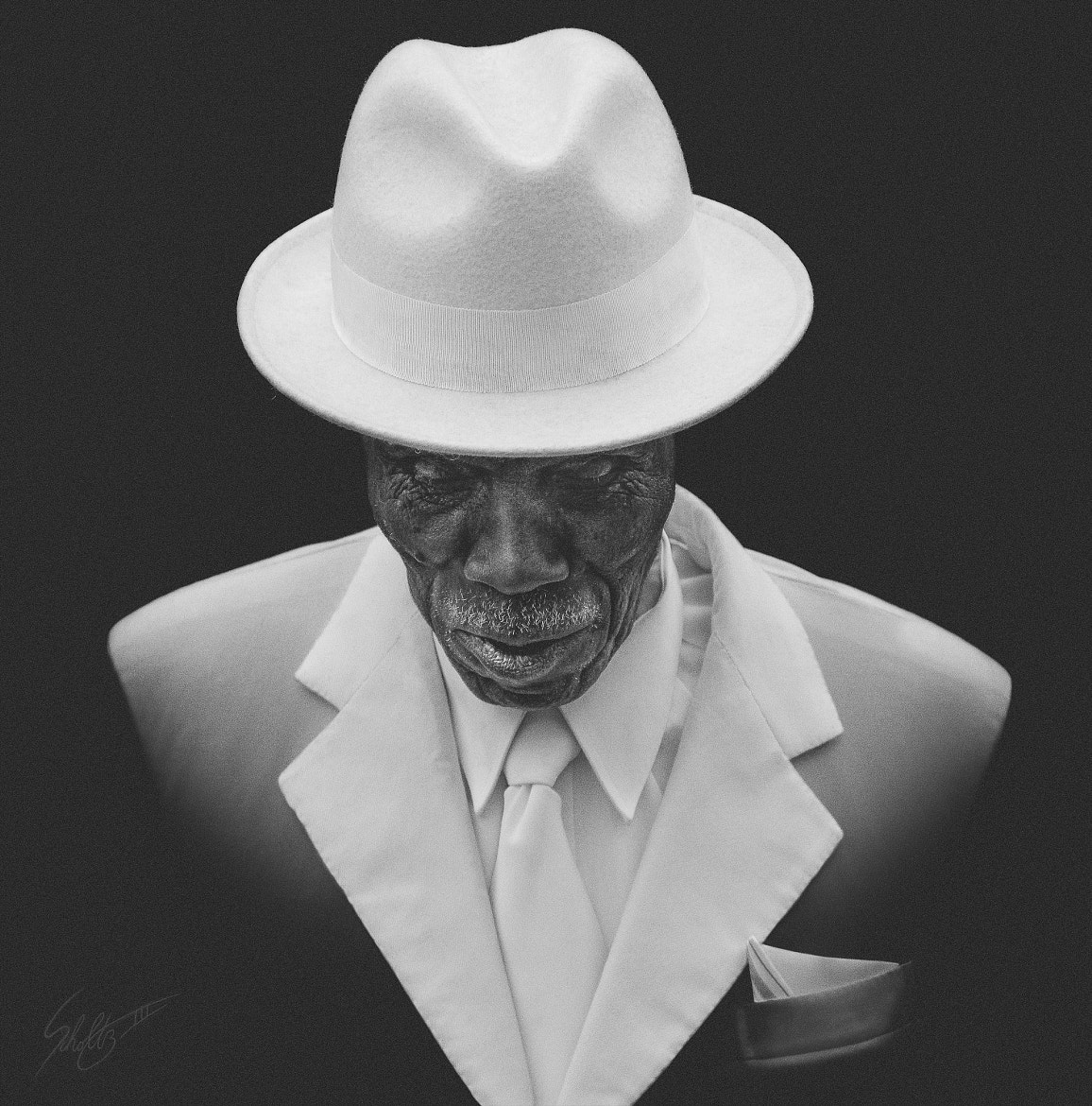 Photograph White Suit Jazz by Jaroslav Scholtz on 500px