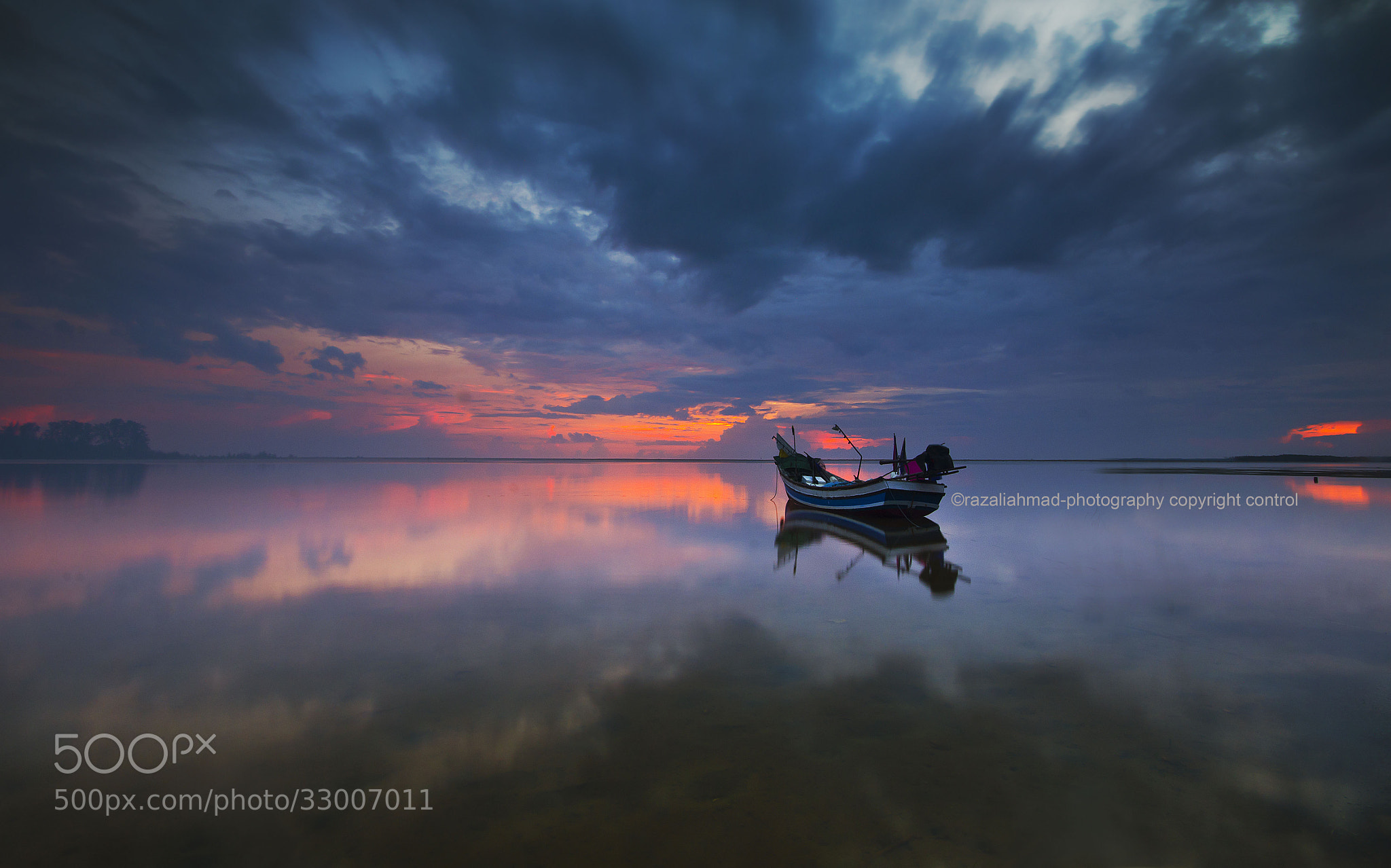 Photograph soul searching by Razali Ahmad on 500px