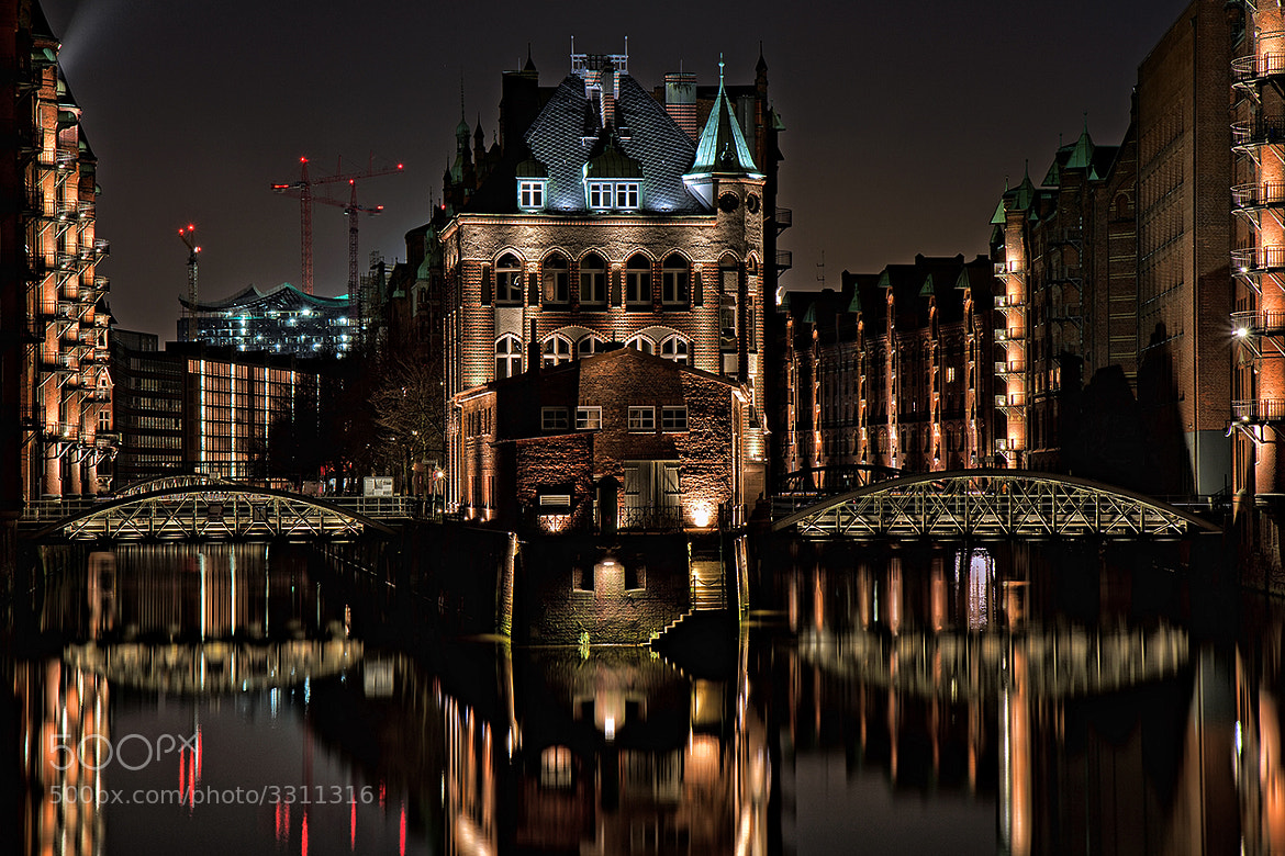 Photograph Speicherstadt, Hamburg by Sebastian  Warneke  on 500px