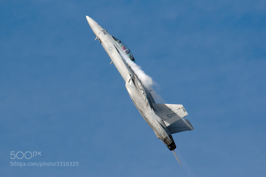 F/A-18F Super Hornet pulls up sharply at the 2011 NAS Pensacola Homecoming Airshow