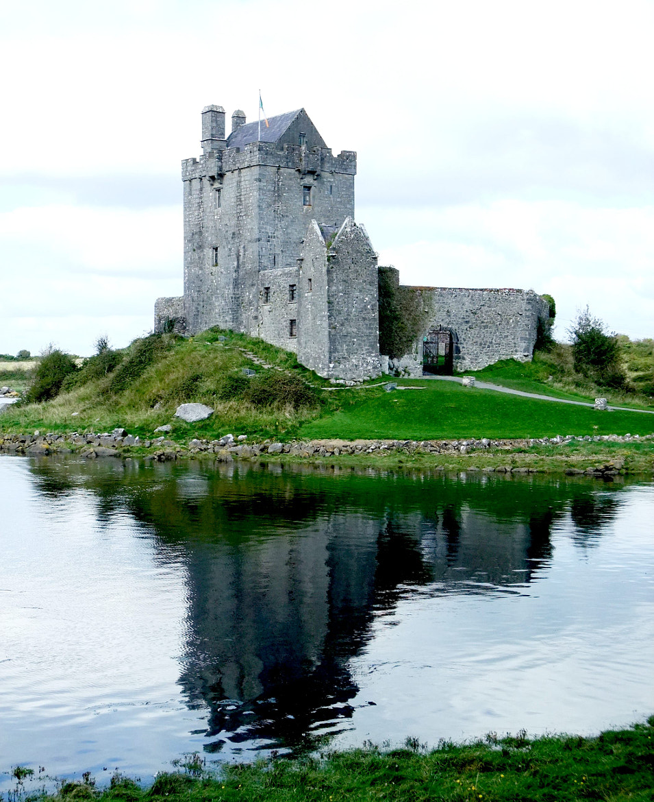 Photograph Dunguaire Castle by Thomas Weeks on 500px