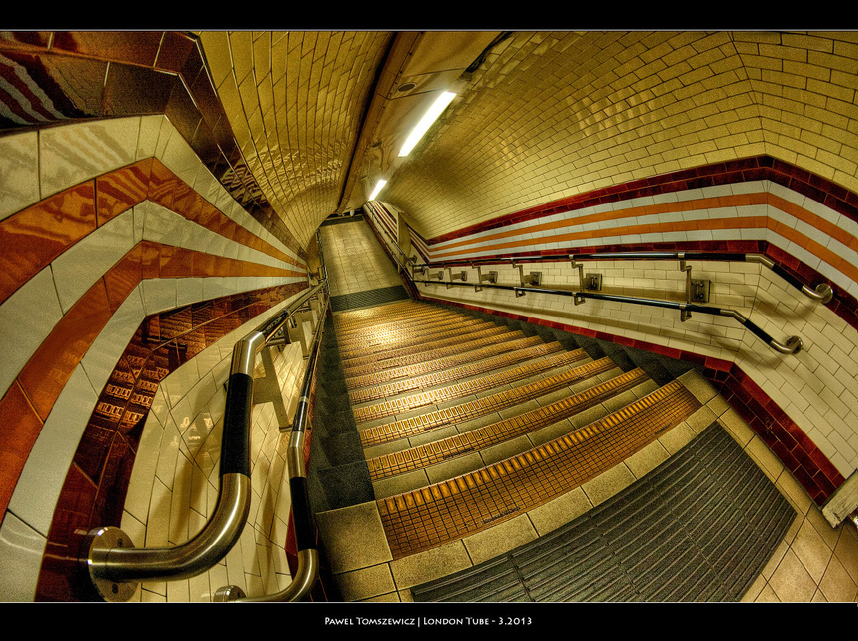 Photograph London's Tube ... by Pawel Tomaszewicz on 500px
