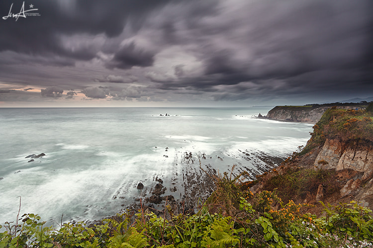 Photograph A stop on the way by Juan antonio Moreno Arcos on 500px