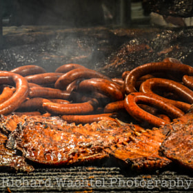 Barbecue Foods at the Salt Lick BBQ  by Richard  Wachtel on 500px.com