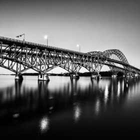 The Majestic Grand Island Bridges