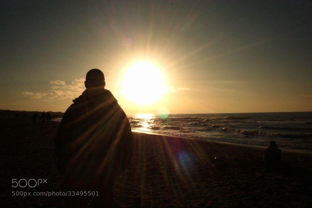 Photograph Sun Burst @ sea side (The Hague / Netherlands) by Roderik van Loef on 500px