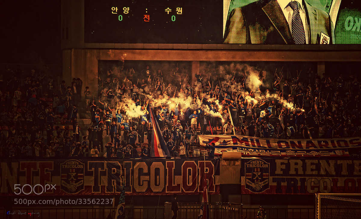 Photograph Orisinal Clasico Suwon Bluewings vs FC Anyang by Eduardo choi on 500px