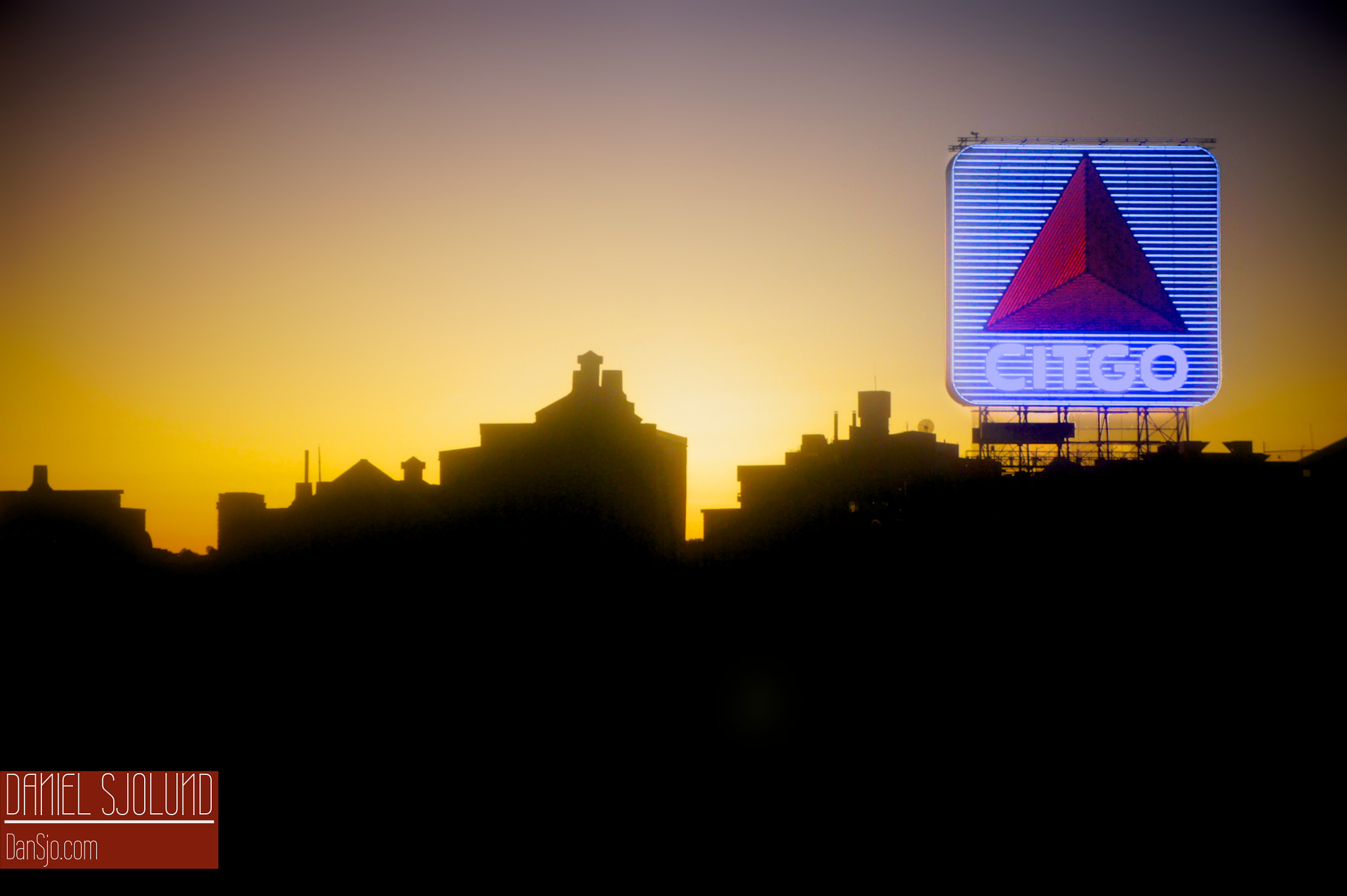 Photograph Citgo Landmark by Daniel Sjolund on 500px
