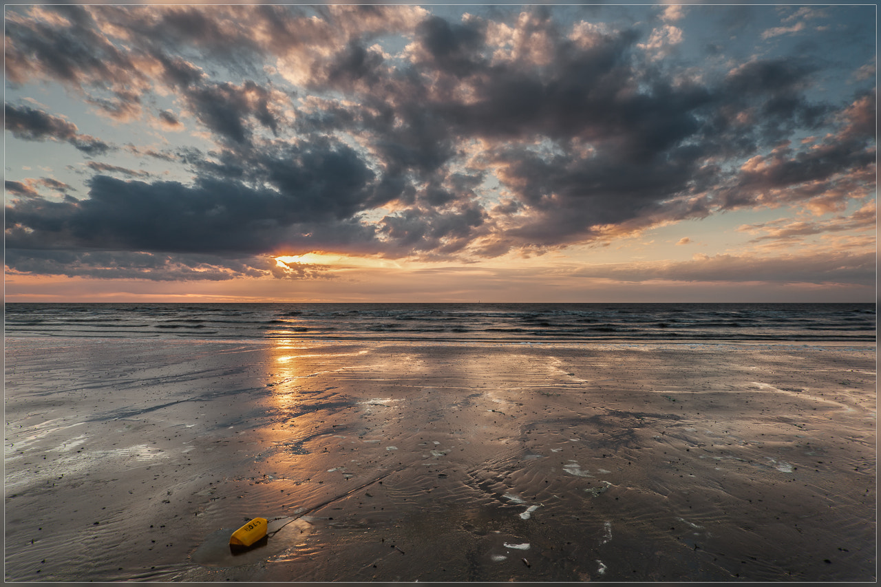 Photograph Yellow bottle by Christophe Vandeputte on 500px