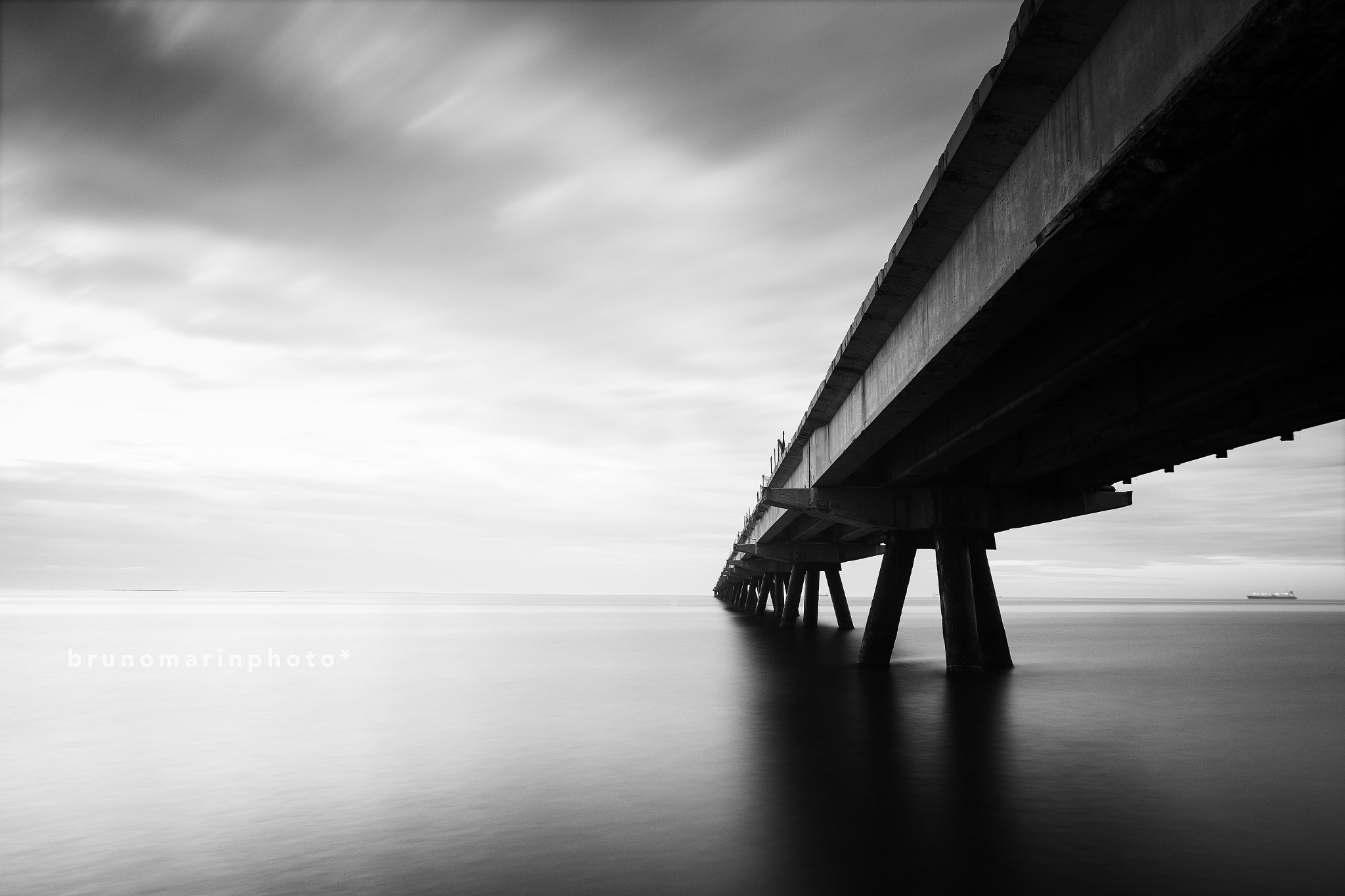 Photograph Breakwater by Bruno Marín on 500px