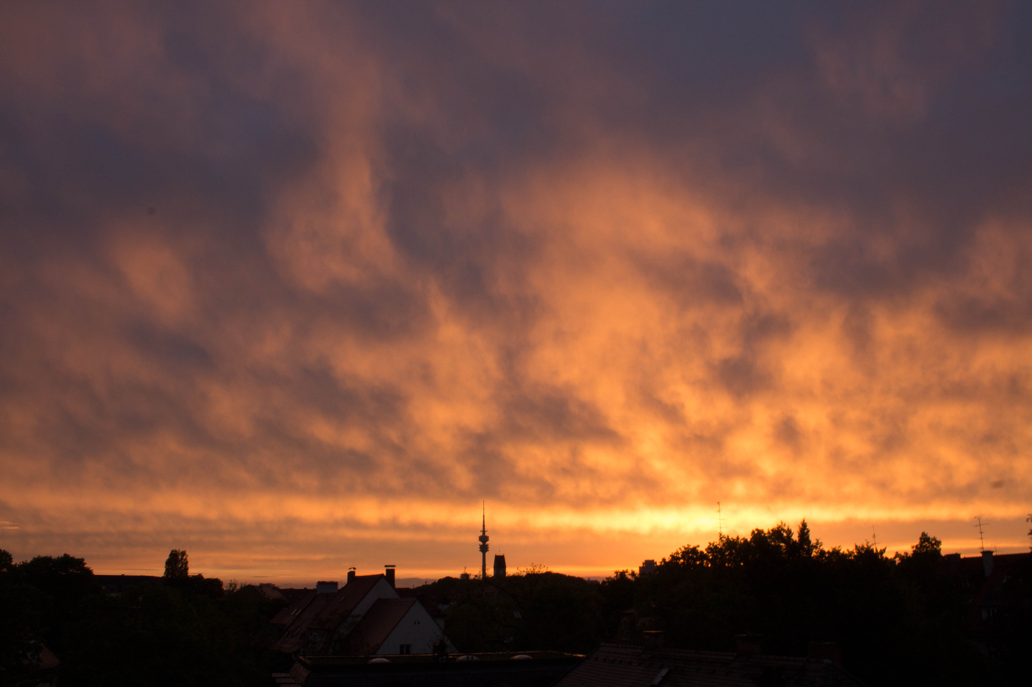 Photograph Sunset in Munich by Michael Röhle on 500px