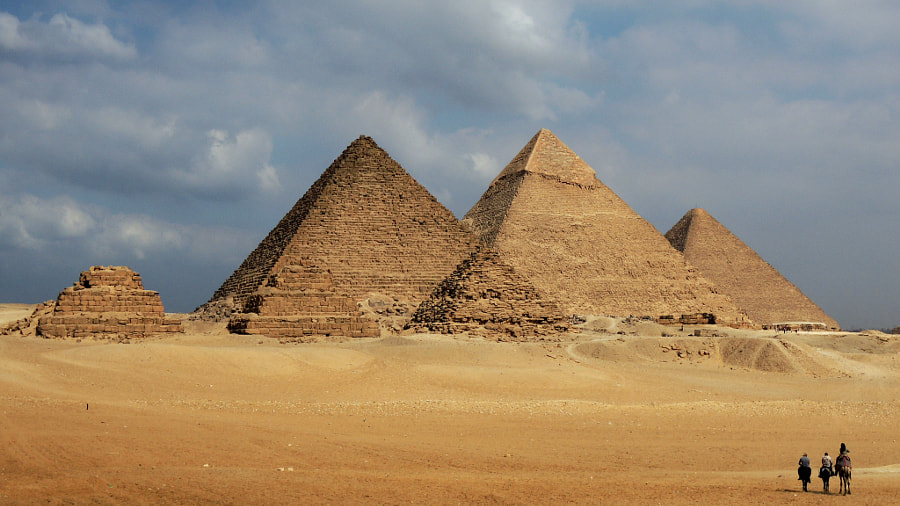 The Giza Pyramids by Leif Harald Halvorsen on 500px.com