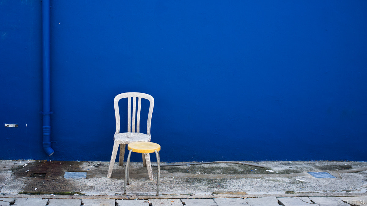 Photograph 2 Chairs by Thet Su on 500px