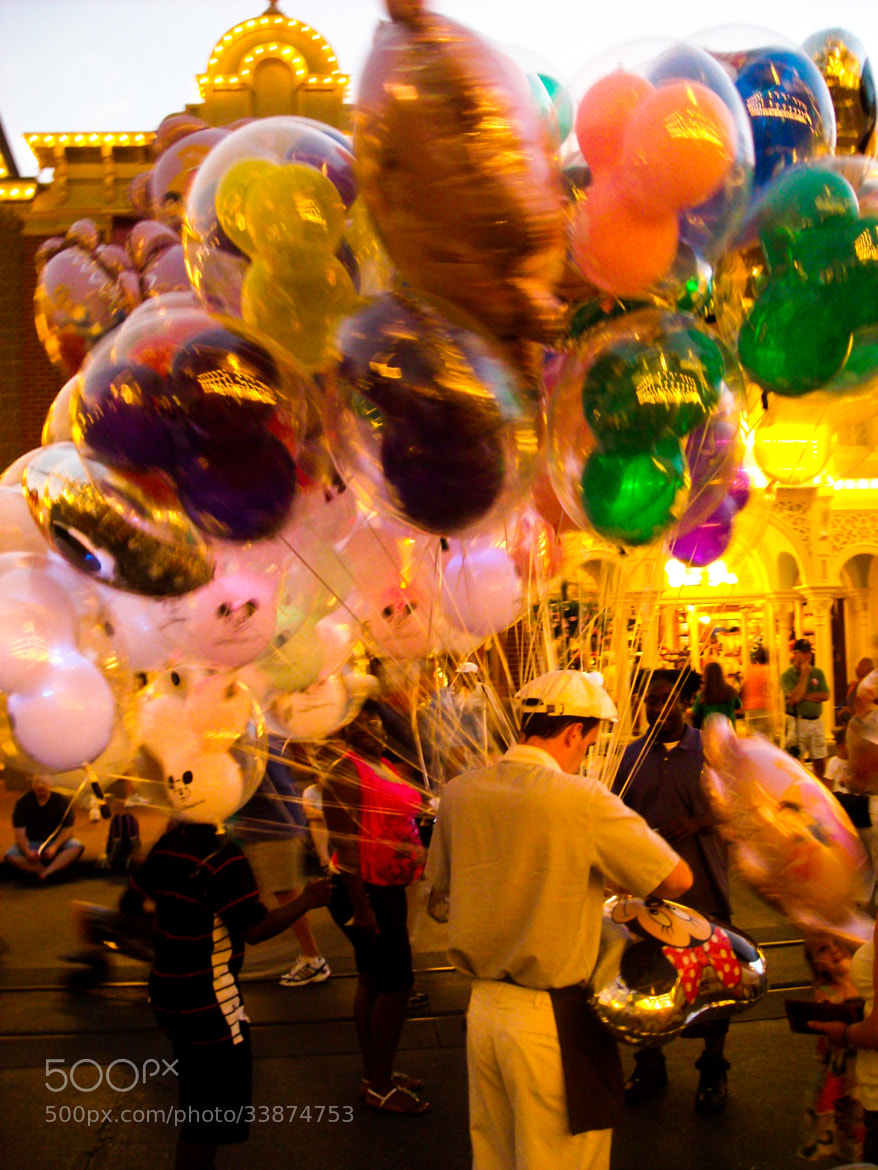 Photograph Festival baloons by lesliesohn on 500px