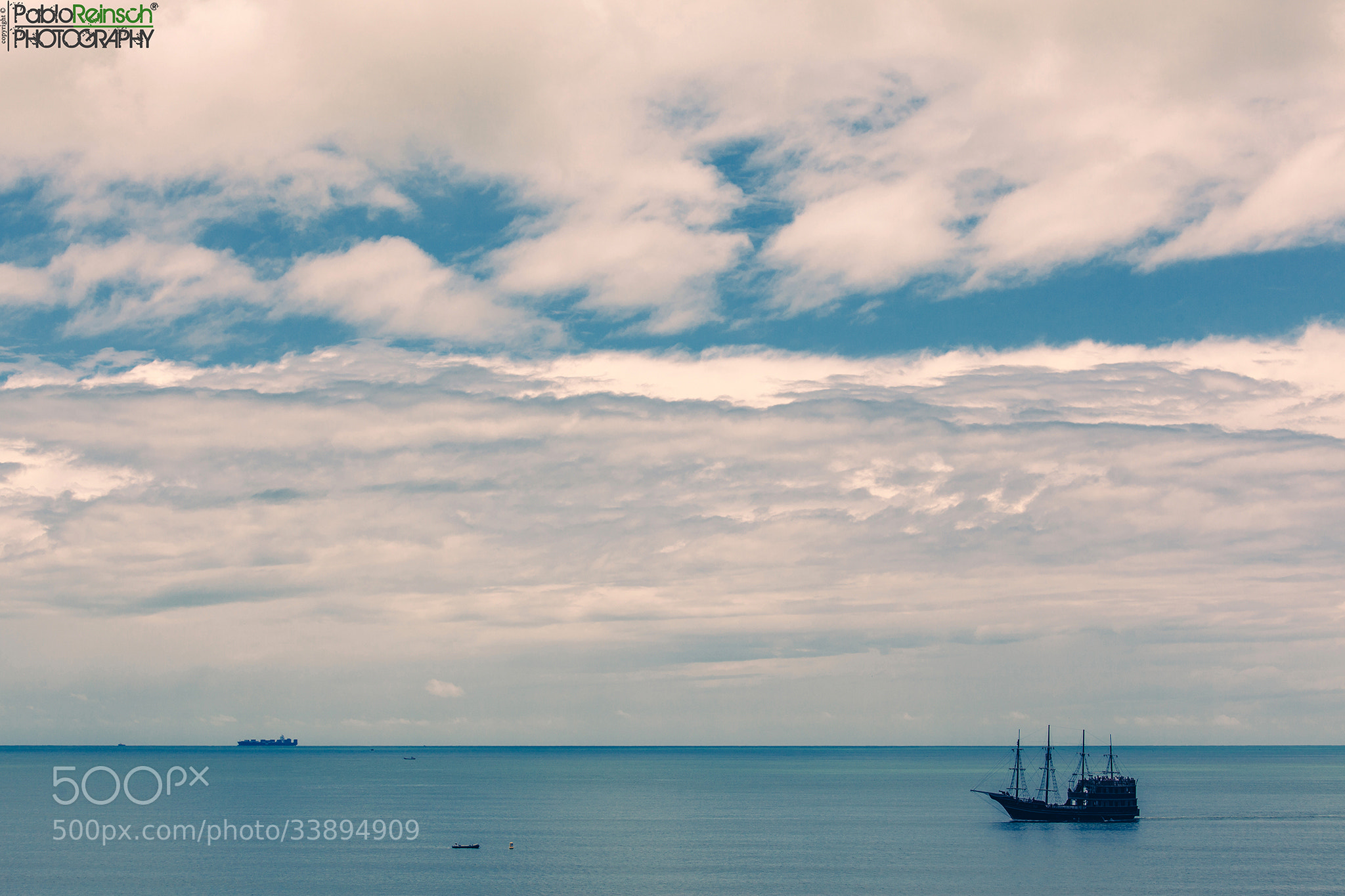 Photograph Azul y blanco.- by Pablo Reinsch on 500px