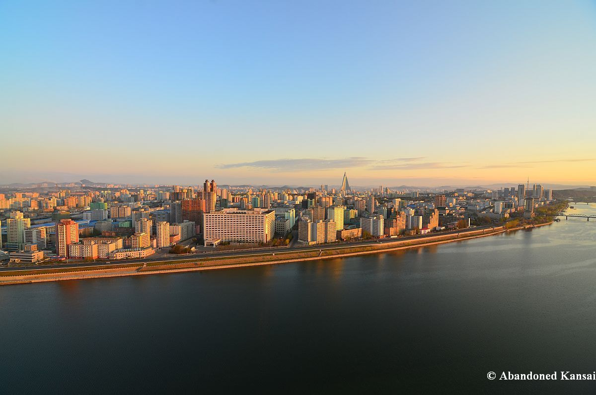 Photograph Sunrise in Pyongyang by Abandoned Kansai on 500px