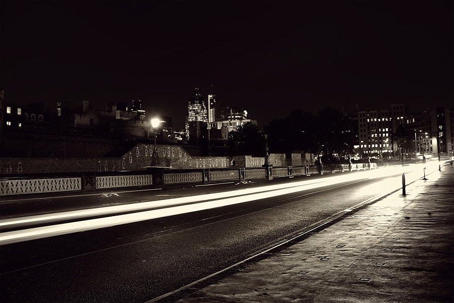 Photograph light speed by Hegel Jorge on 500px