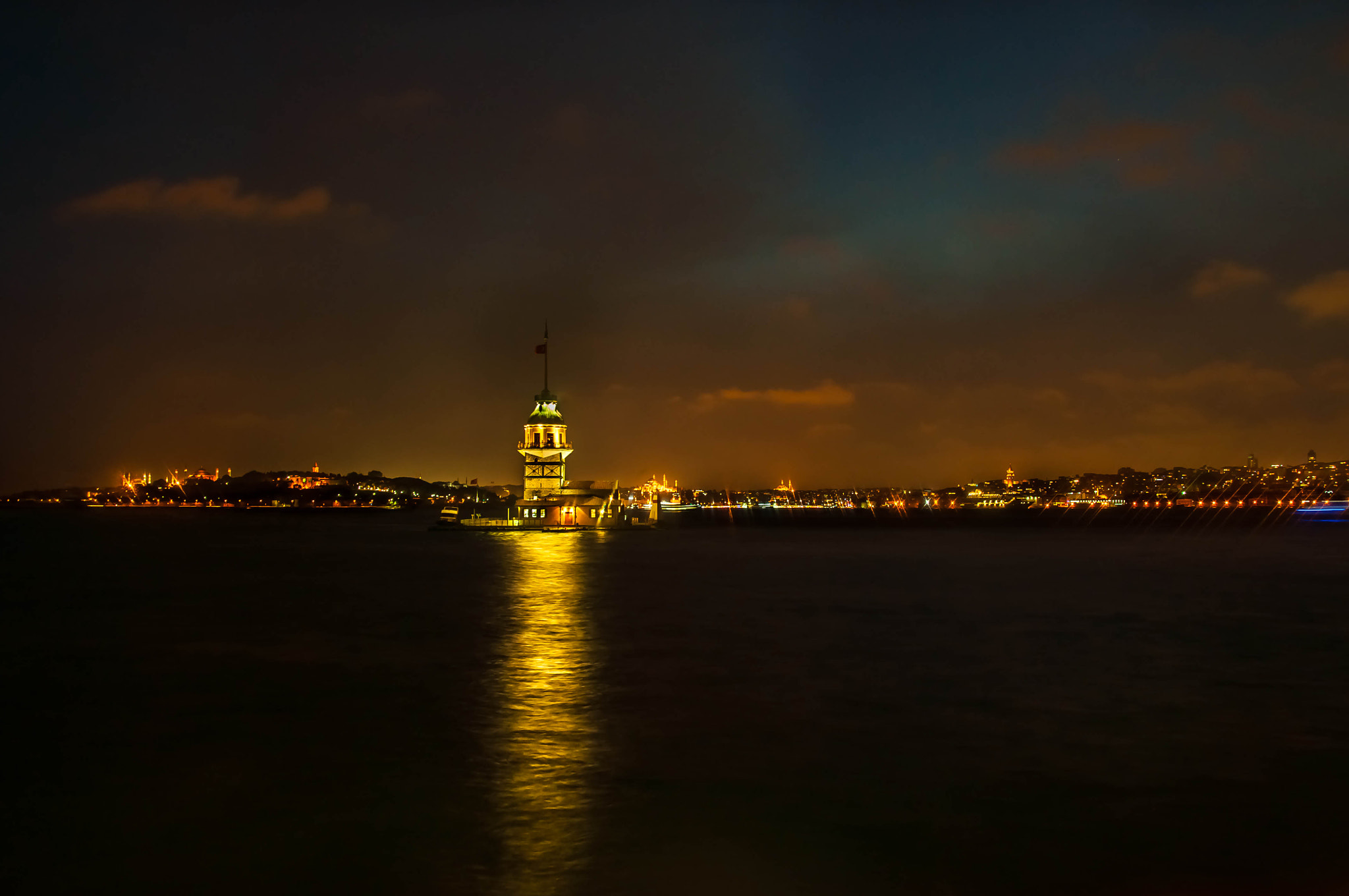 Photograph Maiden's Tower by Melih Gün on 500px
