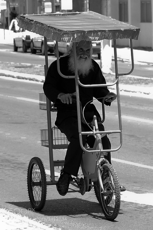 Photograph Santa Claus and his new sleigh by Eduardo Daniel on 500px