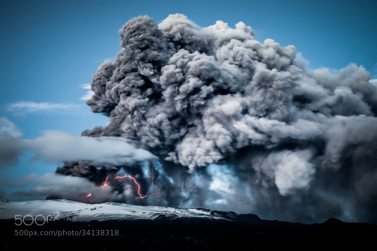 Photograph Electric Eruption by Garðar Ólafsson on 500px