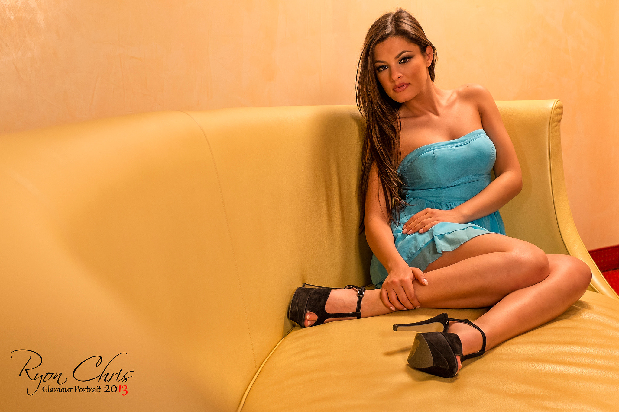 Photograph Model on sofa by Ryon Chris on 500px