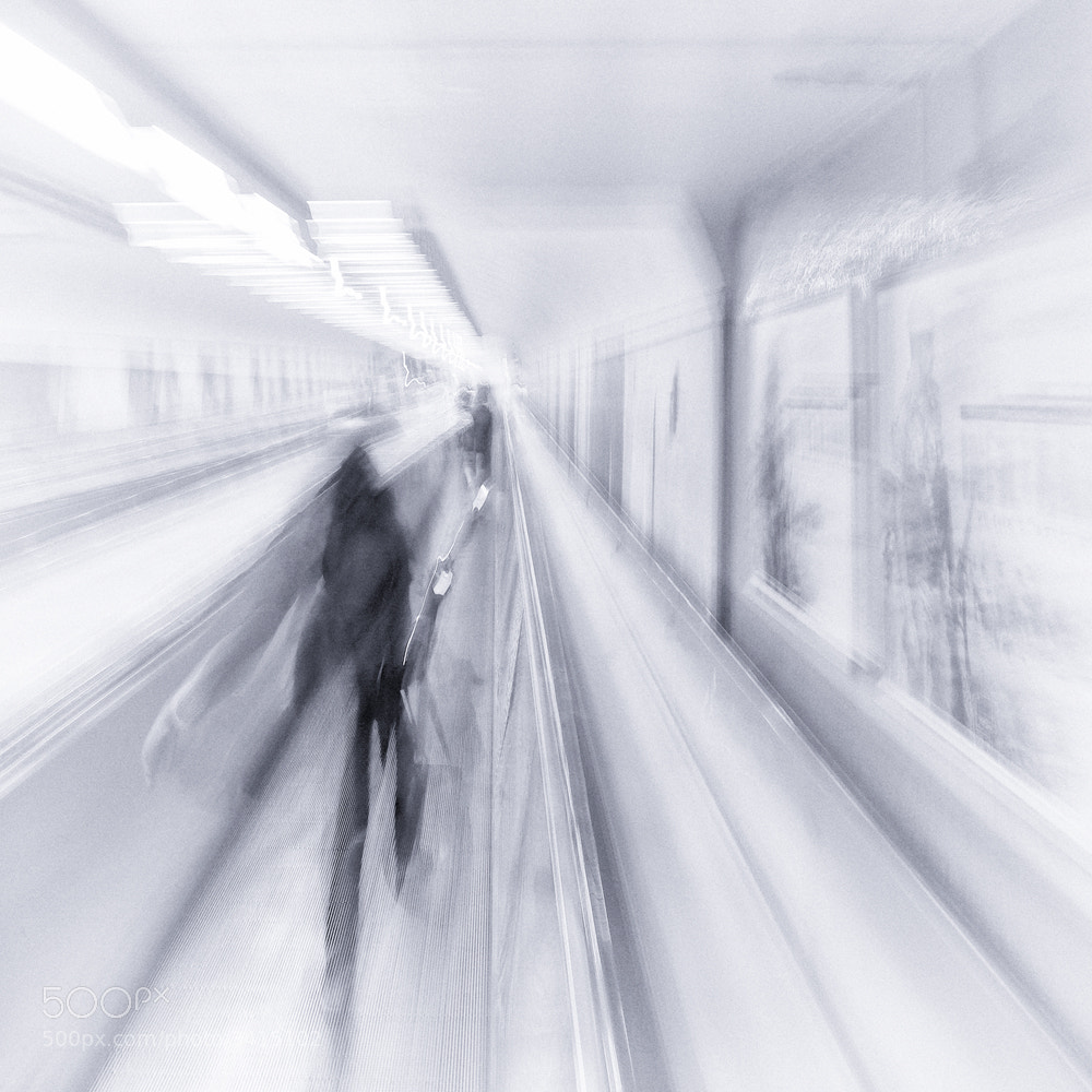 Photograph Impressions dans le métro by Claude  ROZIER-CHABERT on 500px