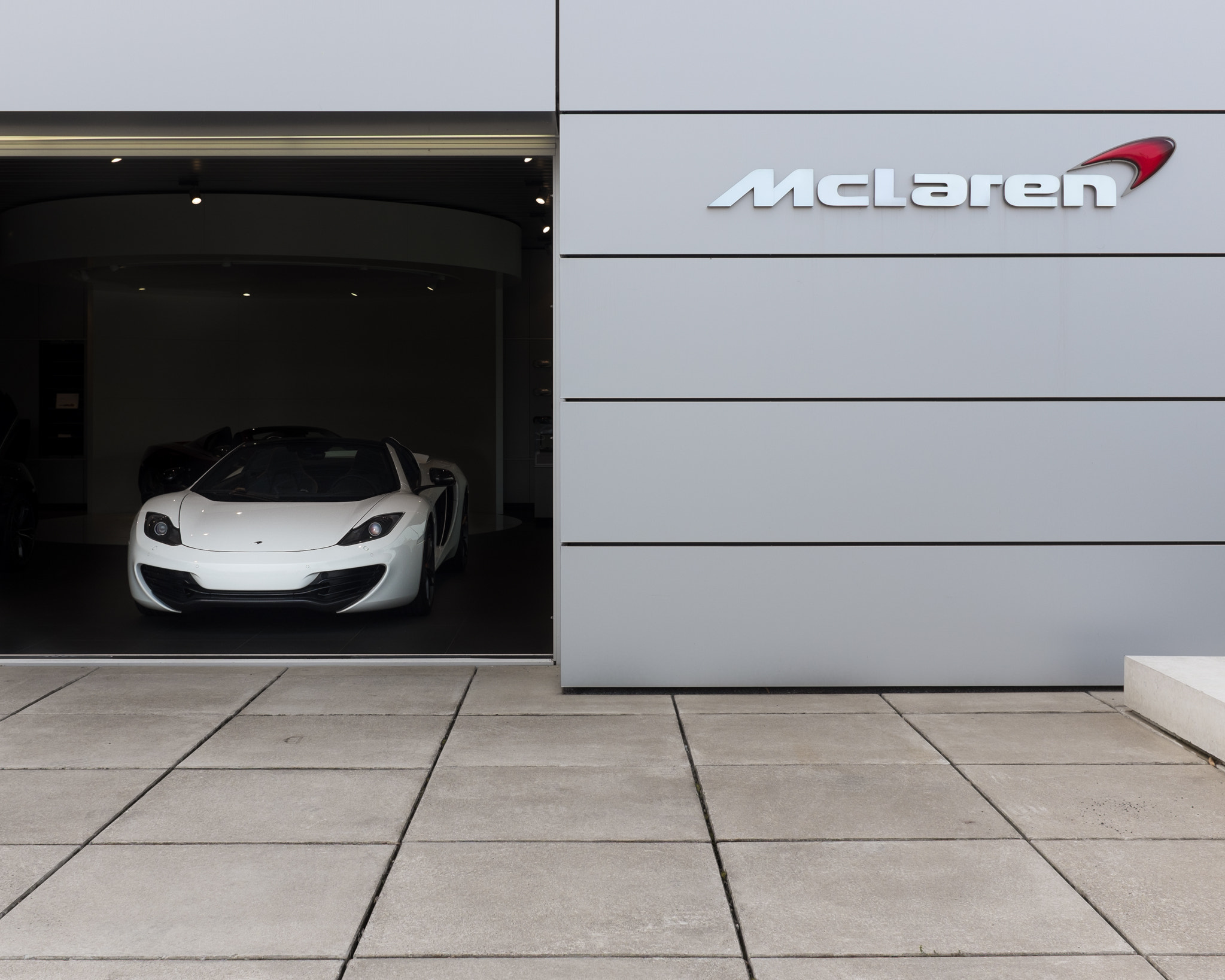 Photograph McLaren by Edwin van Nuil on 500px